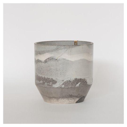 Ariane Prin - Vase from Rust series