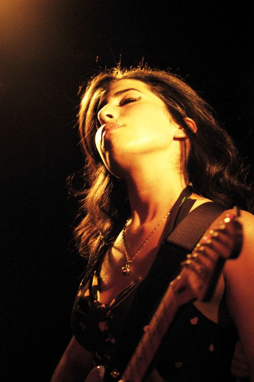 Amy Winehouse's last recording was a duet with her idol