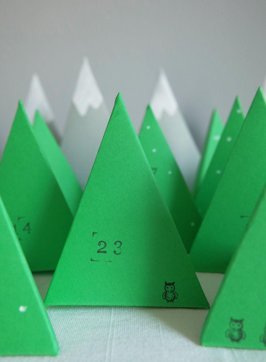 geschwister gezwitscher einen papier wald adventskalender aus tetraedern basteln diy paper. Black Bedroom Furniture Sets. Home Design Ideas