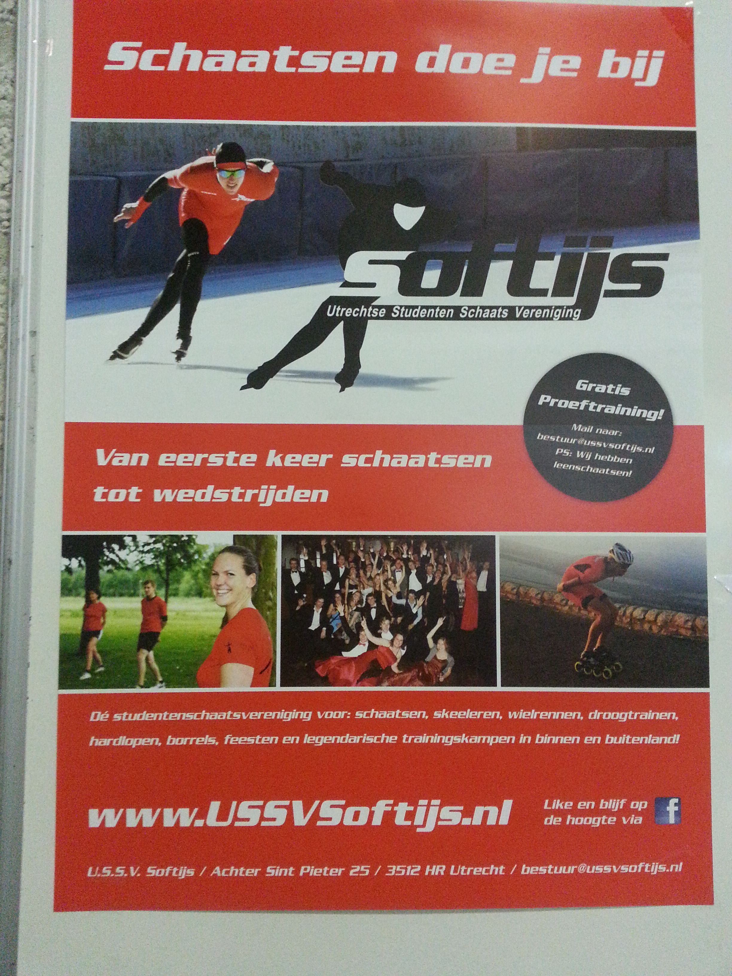 Flyer van de schaatsvereniging. Mooie foto's, duidelijk, niet te veel tekst.