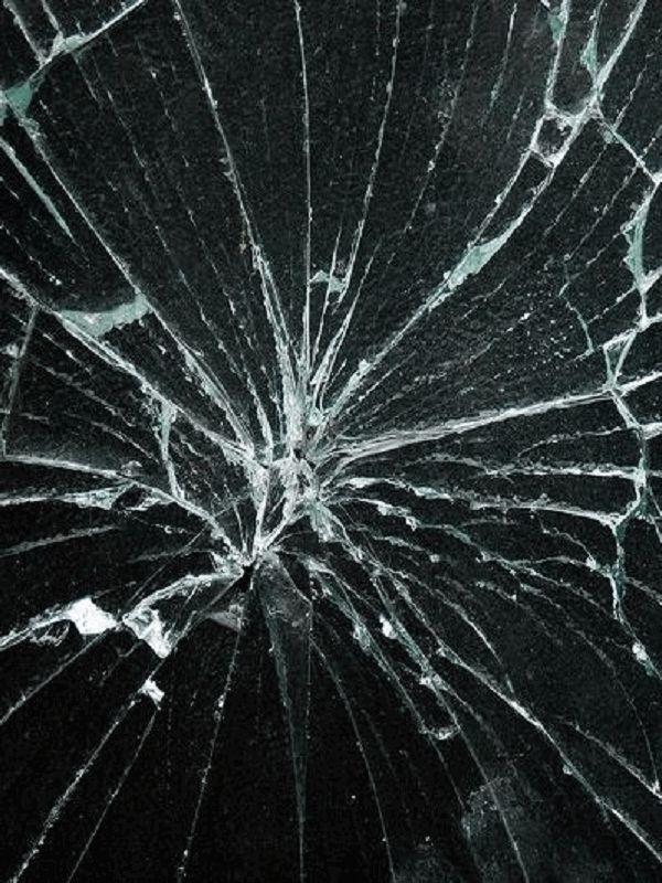 Broken Screen Wallpaper On The App Store Cracked Screen Broken Glass Wallpaper Broken Screen Wallpaper Broken Screen