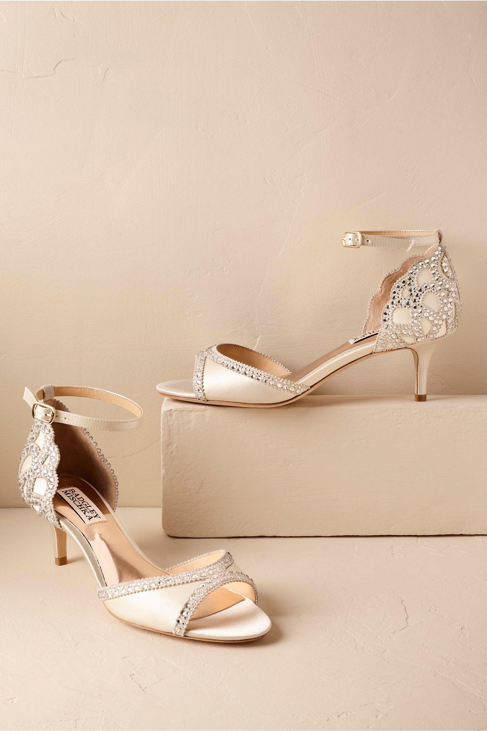 Bhldn S Badgley Mischka Chaumont Heels In Ivory Bridal Shoes Low Heel Wedding Shoes Vintage Wedding Shoes Low Heel
