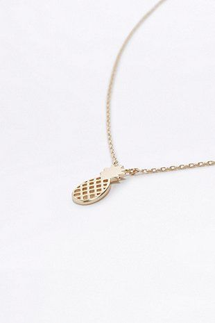 Halskette in Gold mit kleinem Ananasanhänger
