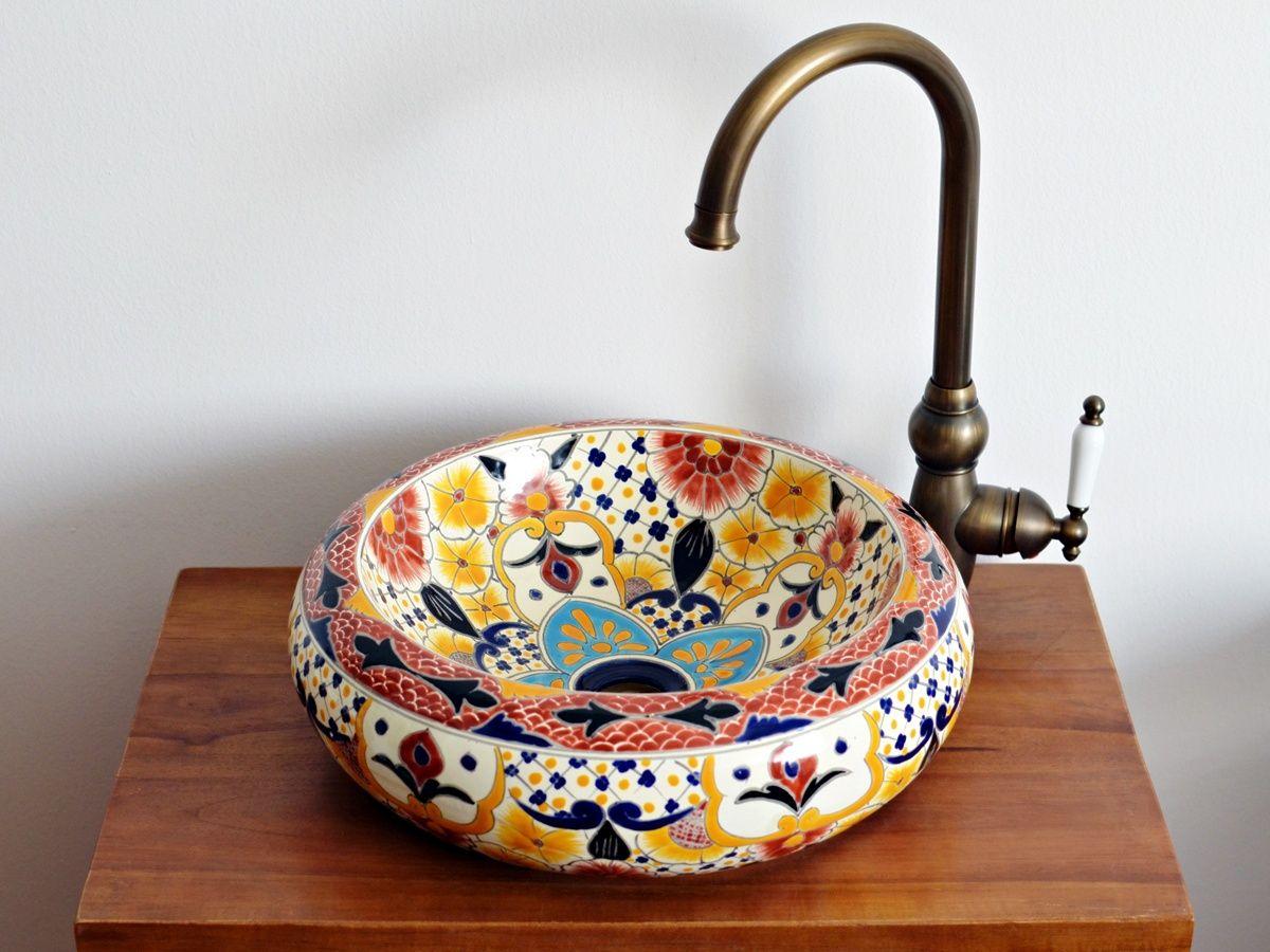 Mexambiente in Deutschland, Ihr Spezialist für handbemalte mexikanische Waschbecken - Aufsatzwaschbecken aus Mexiko in höchster Qualität. Große Auswahl an Formen und Farben.