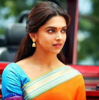 Hd Wallpapers Cute And Gorgeous Deepika Padukone In Saree Hd Wal Deepika Padukone Saree Deepika Padukone Deepika Padukone Wallpaper