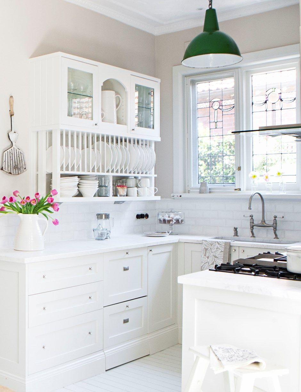 A Beautiful Hamptons-style Kitchen