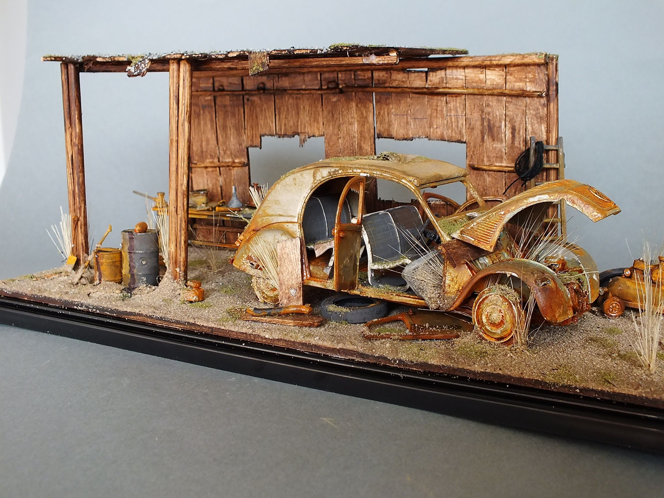 Citroen 2cv diorama diorama pinterest dioramas models and scale models - Garage miniature citroen ...