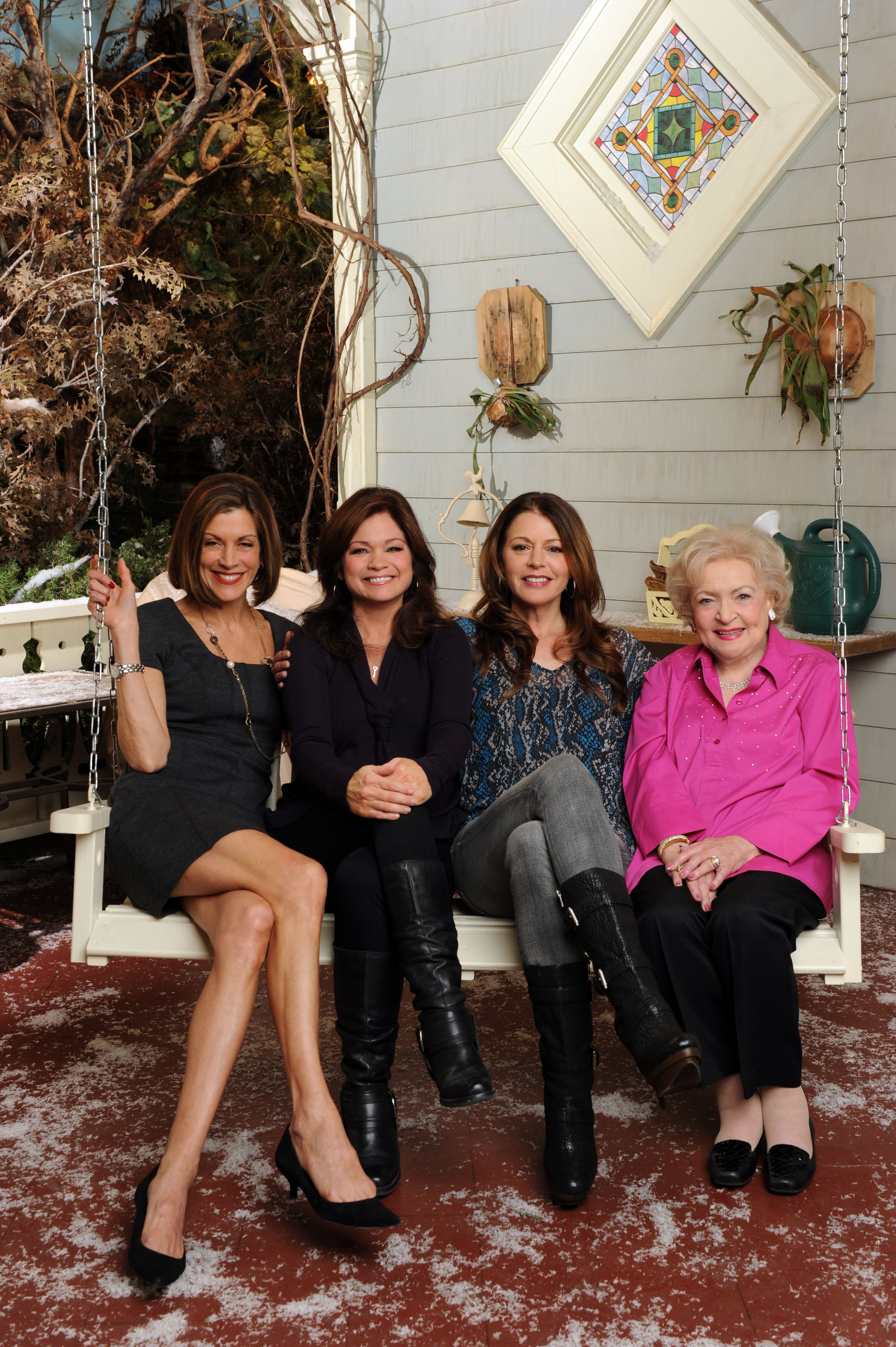 Hot In Cleveland 2010 A Tv Land Original Sitcom Starring Wendie Malick Valerie Bertinelli Jane Leeves And B Jane Leeves Wendie Malick Valerie Bertinelli