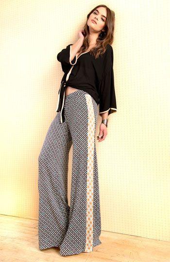 Palazzo print pants and boho chic shirts = harmony....:)
