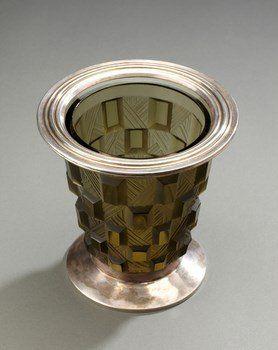 Vase à décor géométrique signé Sabino en verre et argent massif, Vers 1930
