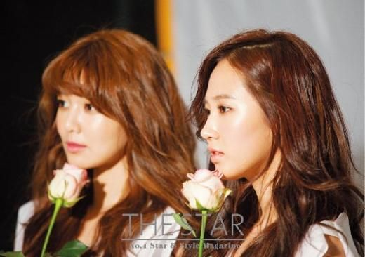 Girls' Generation (SNSD) Yuri-Sooyoung Behind the Scenes for The Star Magazine Photo Shoot