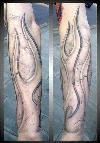 Tattoo Fashion World: Fire and Flame Tattoos tattoos | Fire Dragon ...