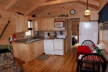 Log Cabin On Beautiful Lake Lure Hot Tub Tripadvisor Lake Lure Cabin Cabin Rentals