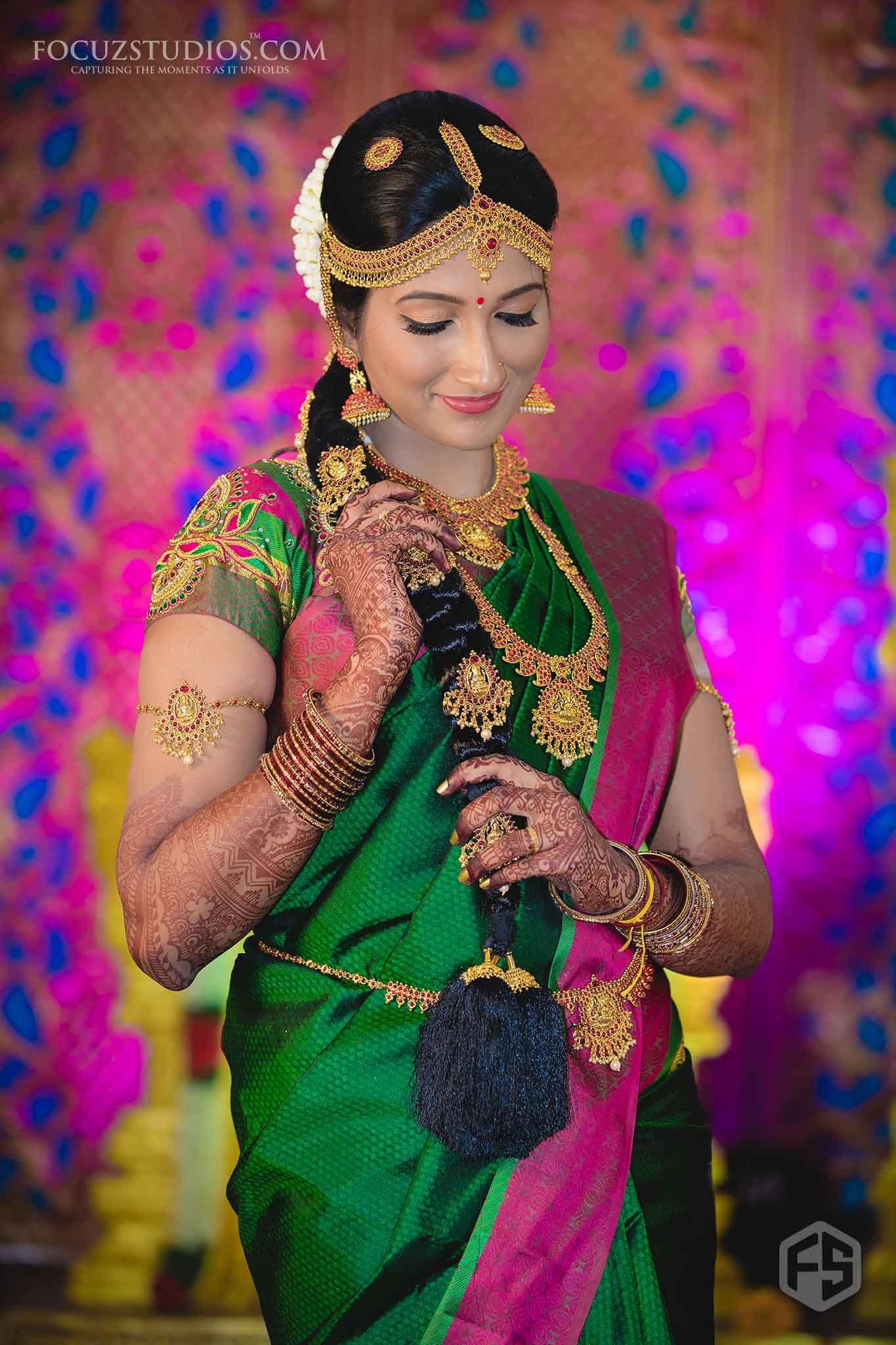 Tambrahm Wedding Photography Chennai Focuz Studios Indian Wedding Poses Indian Wedding Couple Wedding Photoshoot Poses
