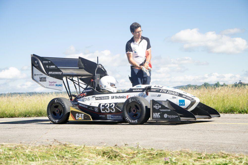Küçük Yarış Arabası Rekor Kırdı! http://www.technolat.com/kucuk-yaris-arabasi-rekor-kirdi-4866/