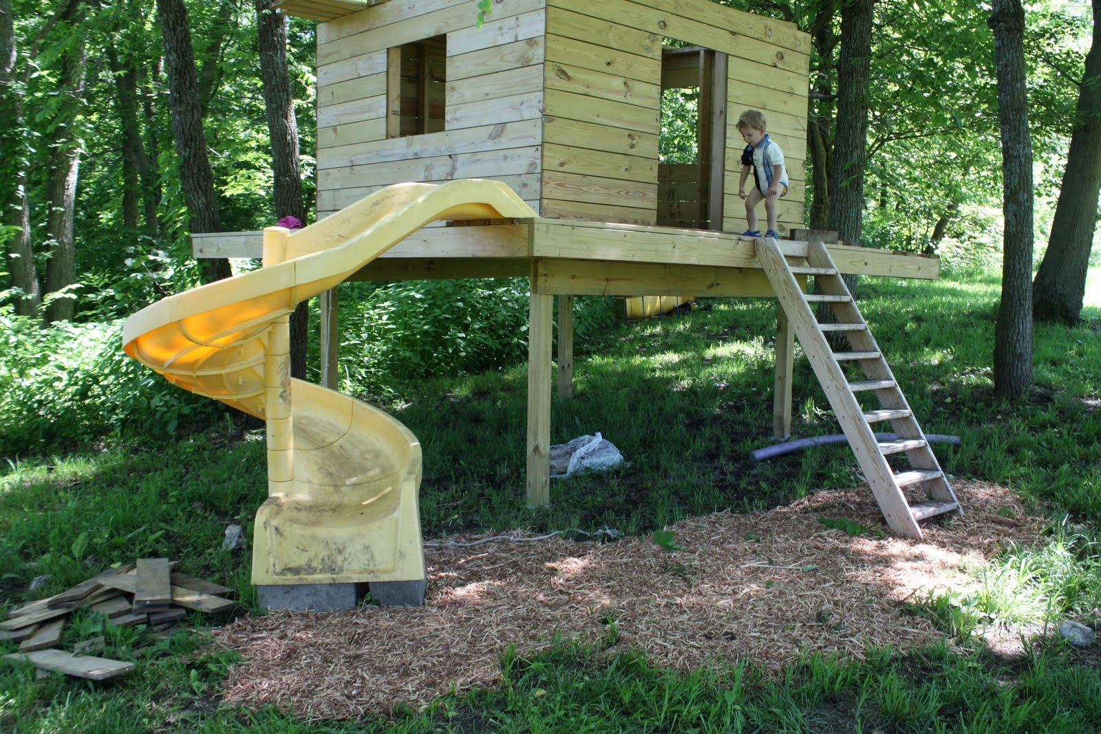 Outdoor Forts · Playhouse Plans ...