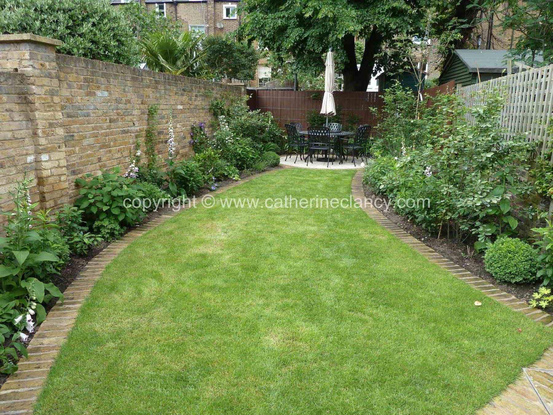 Catherine Clancy Garden Designer Based In Greenwich And Blackheath London Offers Garden Design Lighting D North Facing Garden Garden Design Cottage Garden