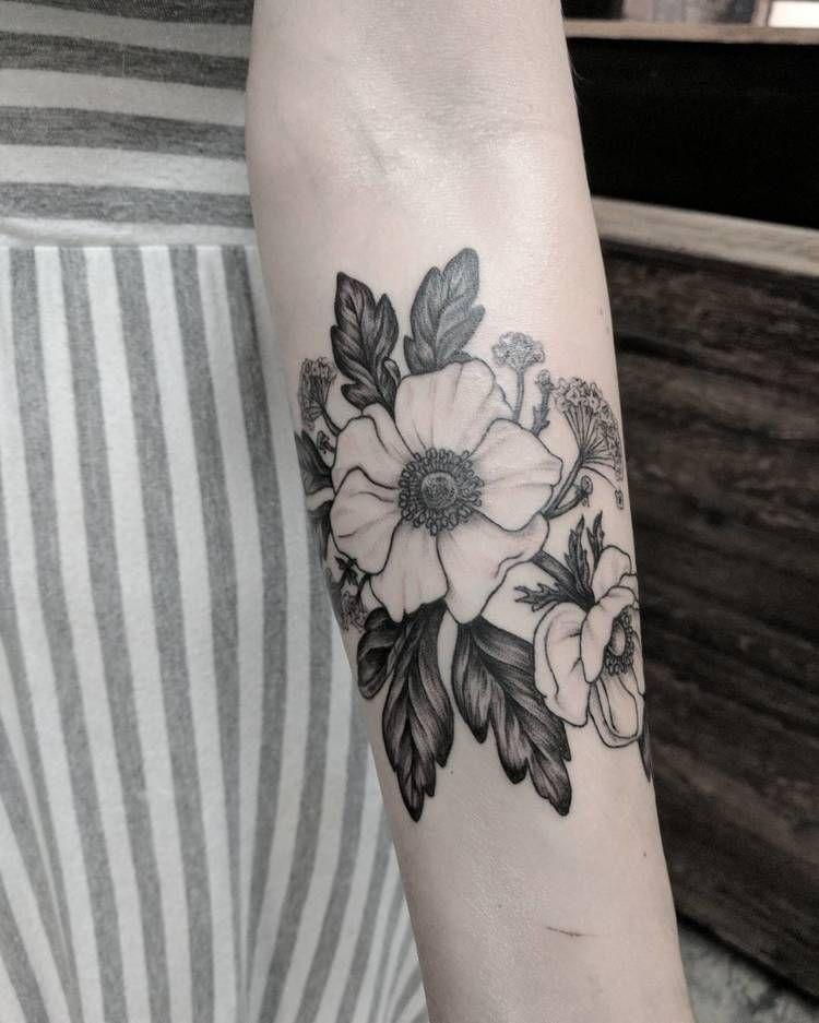 22 Pretty Anemone Tattoo Designs And Ideas Tattooadore Anemone Tattoo Tattoos Vintage Flower Tattoo