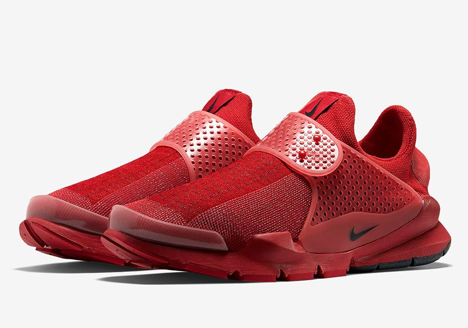 Official Images of the Nike Sock Dart