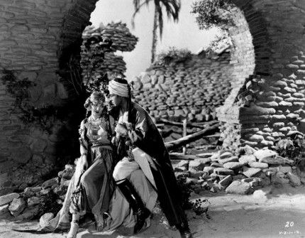 """Vilma Bánky and Rudolph Valentino in """"The Son of the Sheik"""" (1926)"""