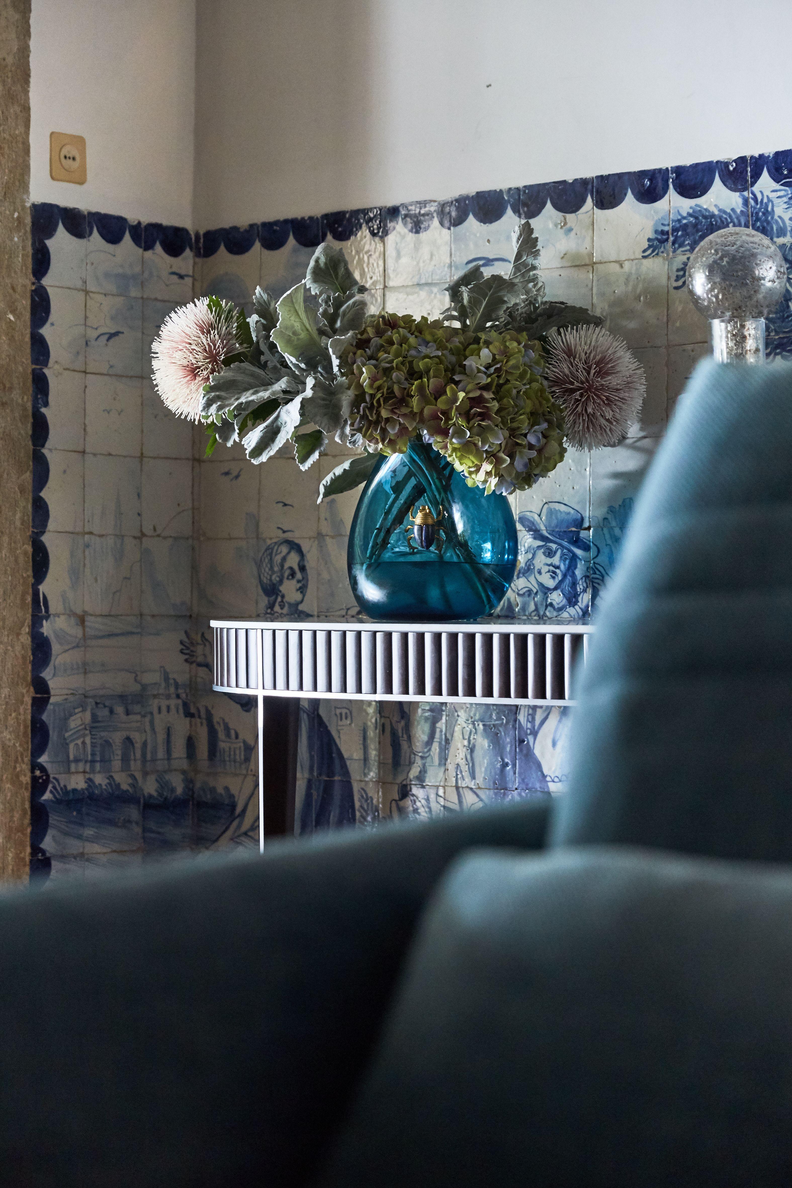 Roche Bobois L Half Moon Console L Designed By Sacha Lakic In 2020 Dream Home Design Holiday Decor French Art