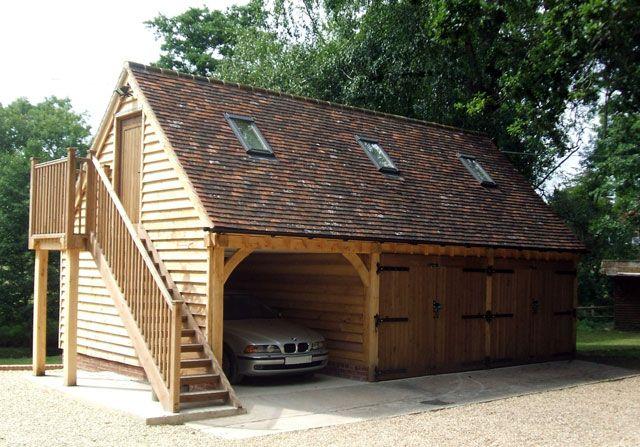 Oak framed garage with upper floor house pinterest for Garajes de ensueno