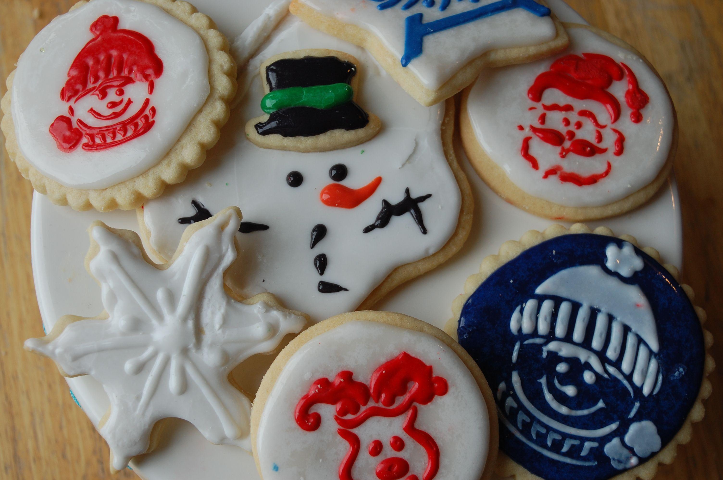 Stenciling your Sugar Cookies