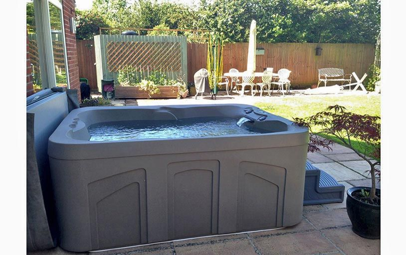 HotSpring FREEFLOW #spa #hottub ♥ Loved and pinned by www ...