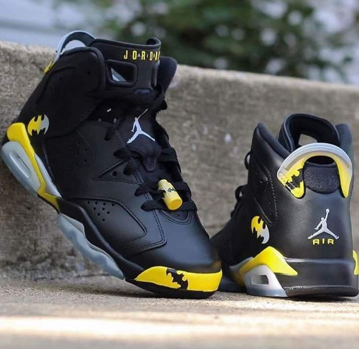 san francisco 9e14b 1760f Batman Air Jordan Custom
