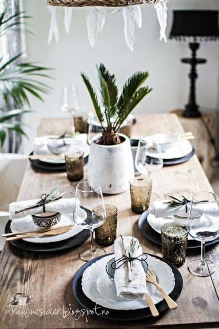 pin von c b auf dinner and more utensils for table. Black Bedroom Furniture Sets. Home Design Ideas