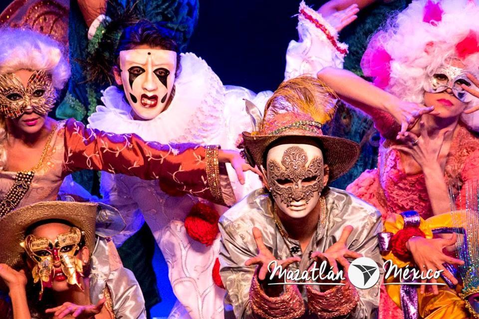 El carnaval de mazatl n se distingue de los otros Espectaculo artistico de caracter excepcional