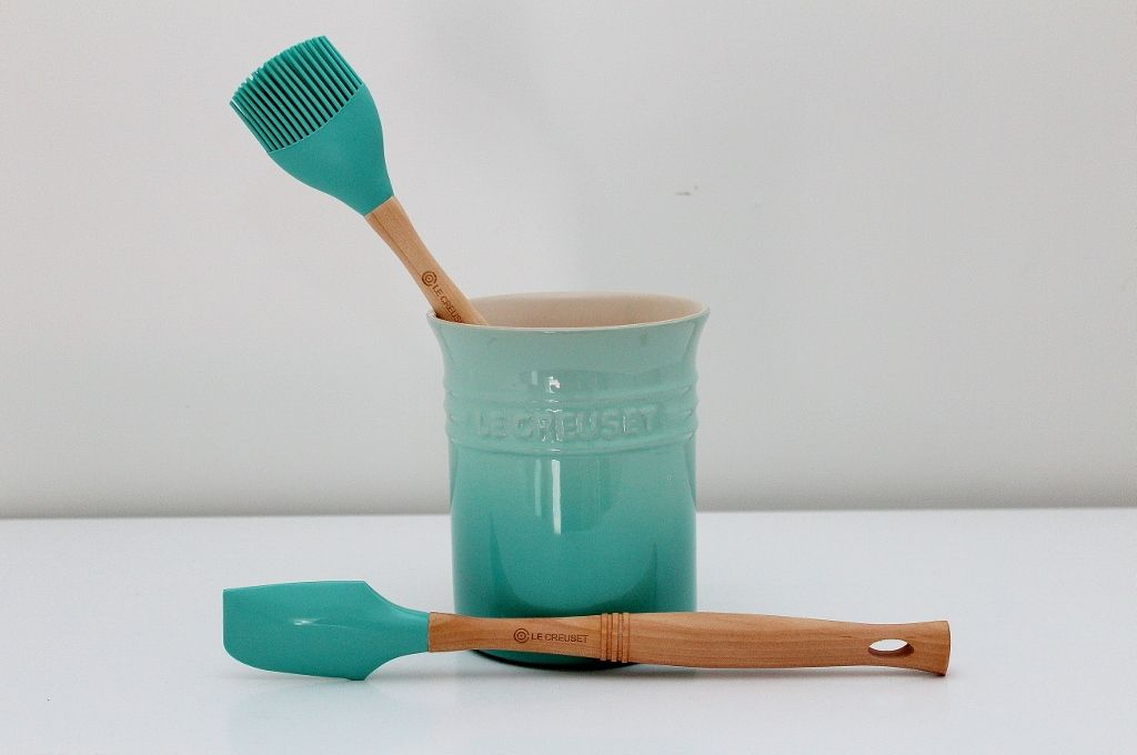 Le Cresuet Cool Mint Utensil Holder And Utensils One Of Le