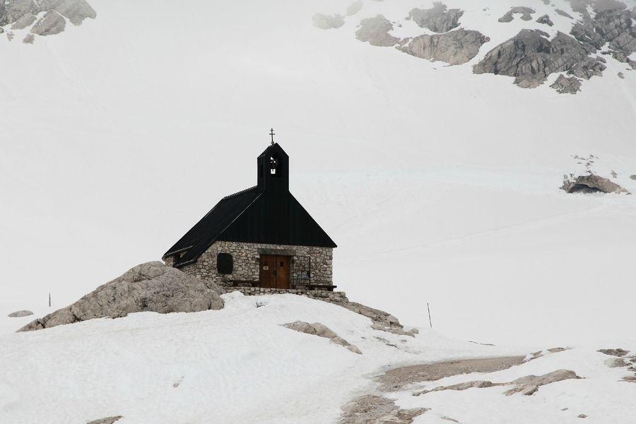 Little church by SH O, via 500px