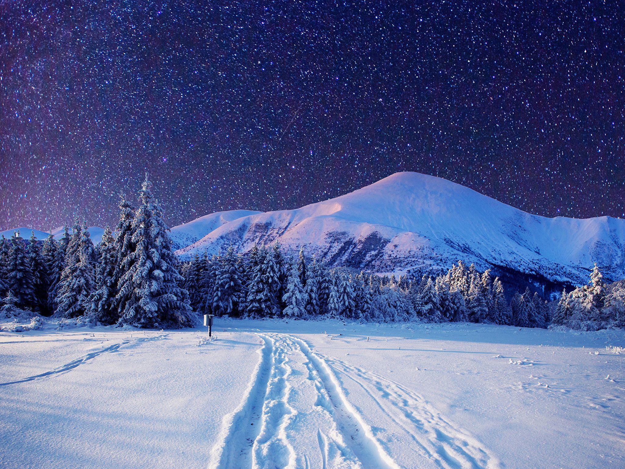 Cold Winter Night Sky Full With Stars Wonderful Landscape Beautiful Nature Landscapes Deskt Night Sky Wallpaper Winter Wallpaper Desktop Landscape Wallpaper