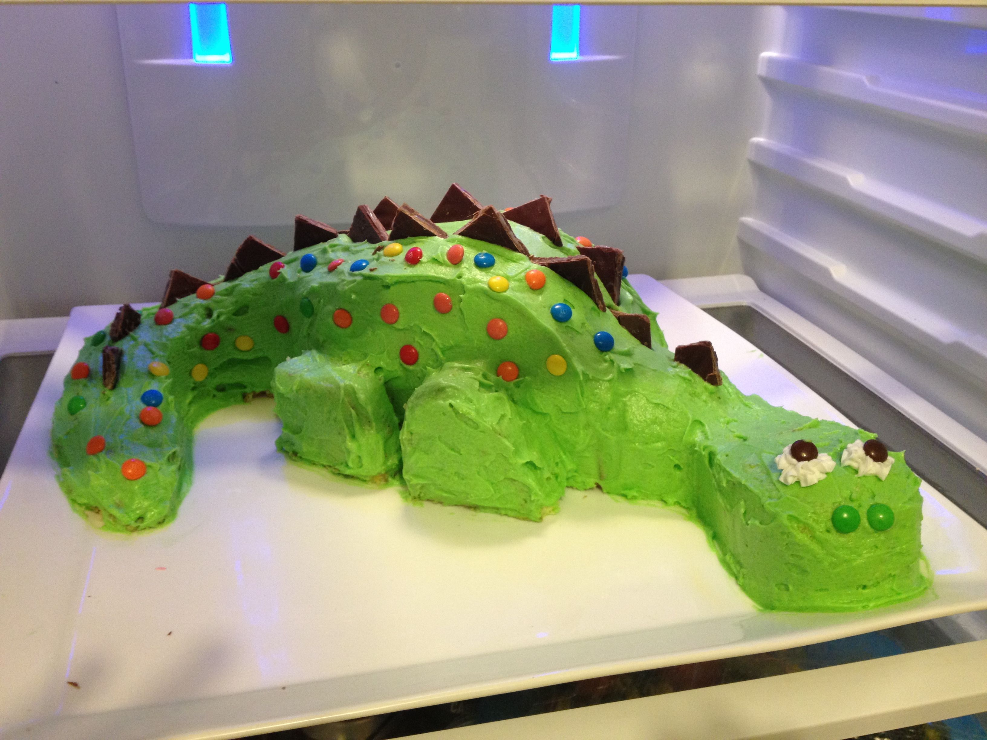 Dinosaur cake Cake Decorating Pinterest