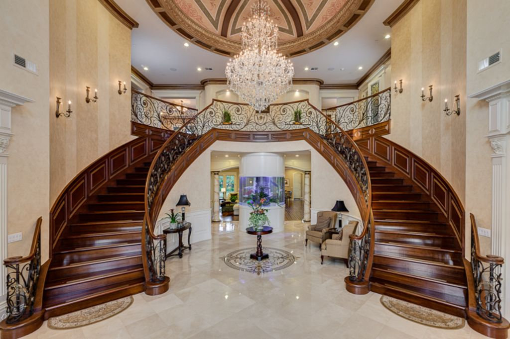 Image gallery luxury staircases for Luxury staircases