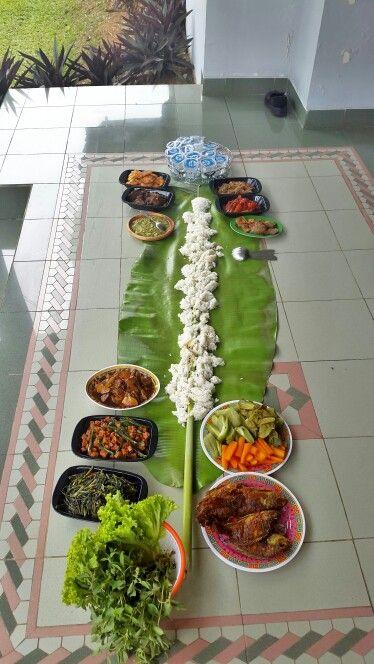 Nasi Liwet Komplit Di Atas Daun Pisang Ide Makanan Resep