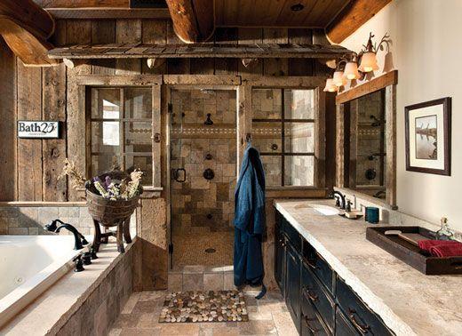 ducha amplia en cuarto de bao rstico con detalles en piedra y marmol