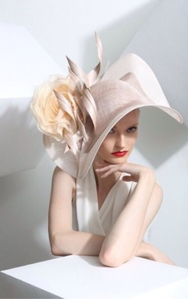 f89a9b96359 RoyalAscot week  PhilipTreacy hat