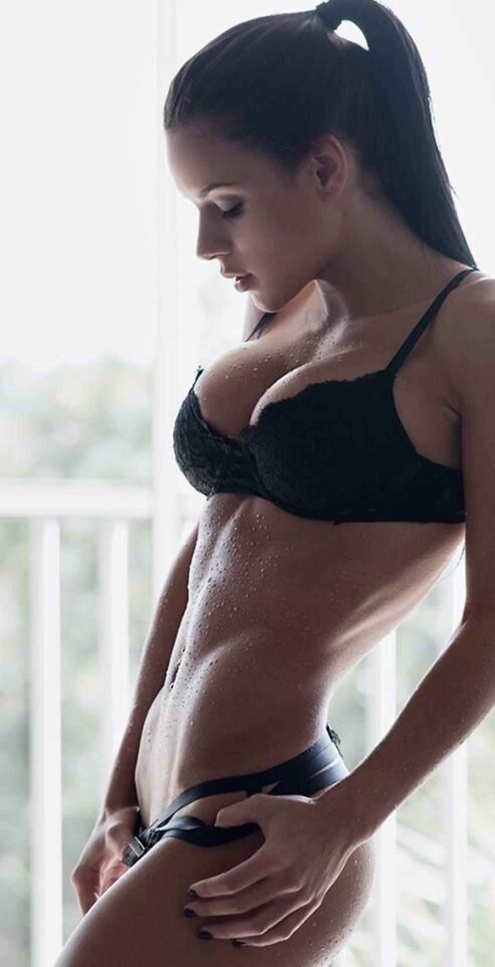 Sexy hot hardbody women