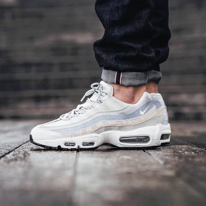 info for 68239 a4a8a RELEASE REMINDER   Launching at midnight tonight Nike Air Max 95 Phantom  http
