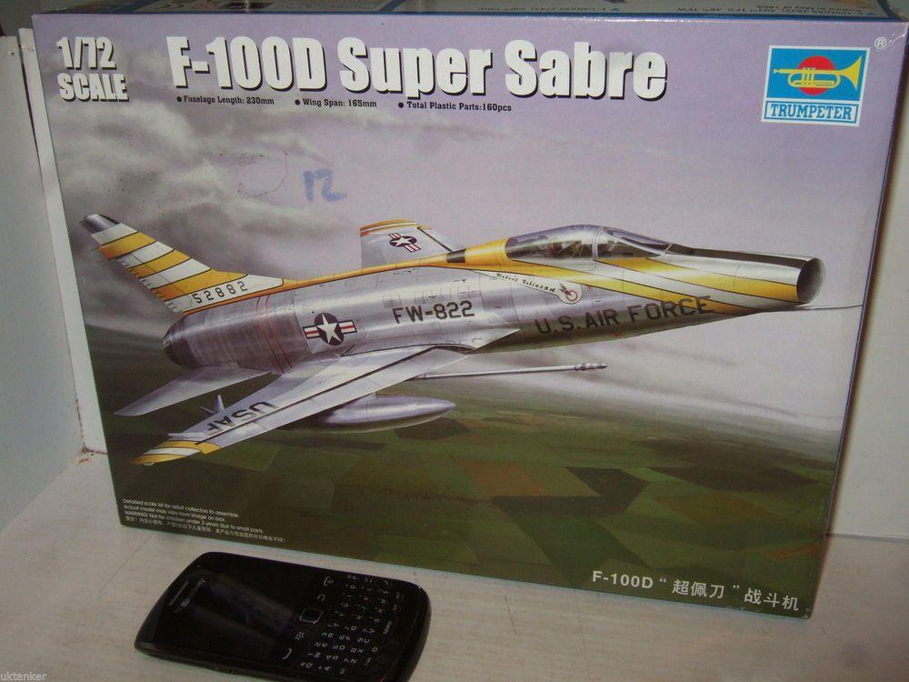 Trumpeter 01649 F-100D Super Sabre Model Kit in 1:72 Scale.