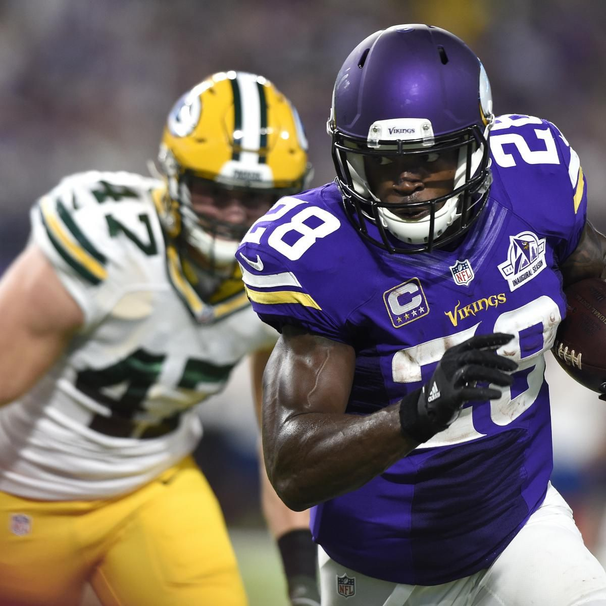 Adrian Peterson Signs 2 Year Contract With Saints After Leaving Vikings Minnesota Vikings Game Football Helmets Vikings