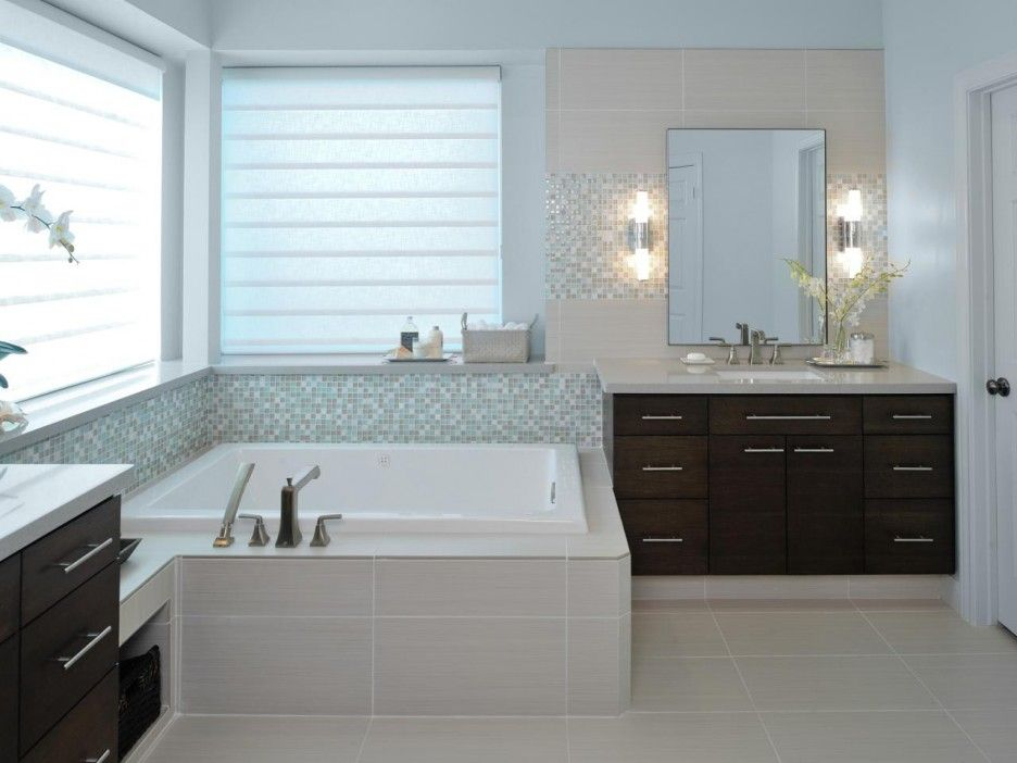 Modern Spa-inspired Bathroom Feature White Square Shaped Two-person Whirlpool Soaking Tub
