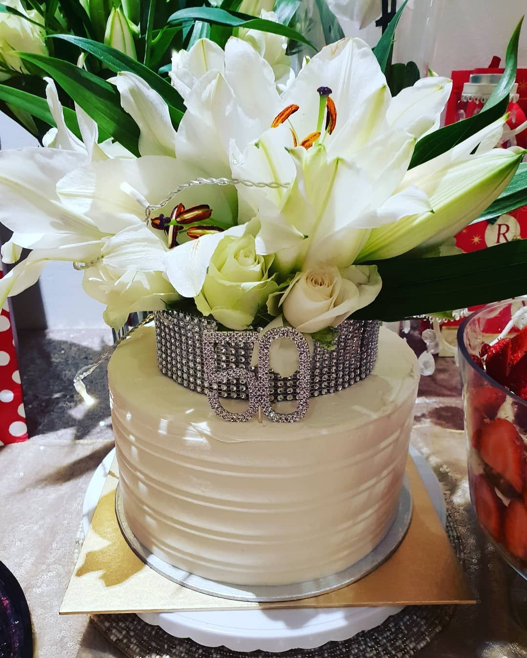50th Birthday Flower cake 50thbirthday flowers in 2020