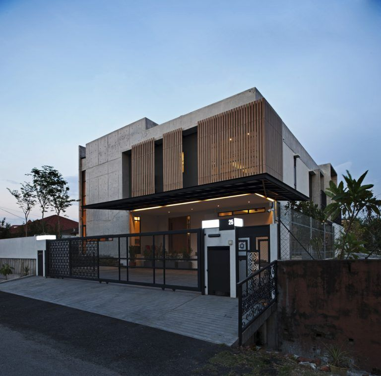 Ss3 House By Seshan Design In Petaling Jaya Malaysia Facade House Architect House Facade Design