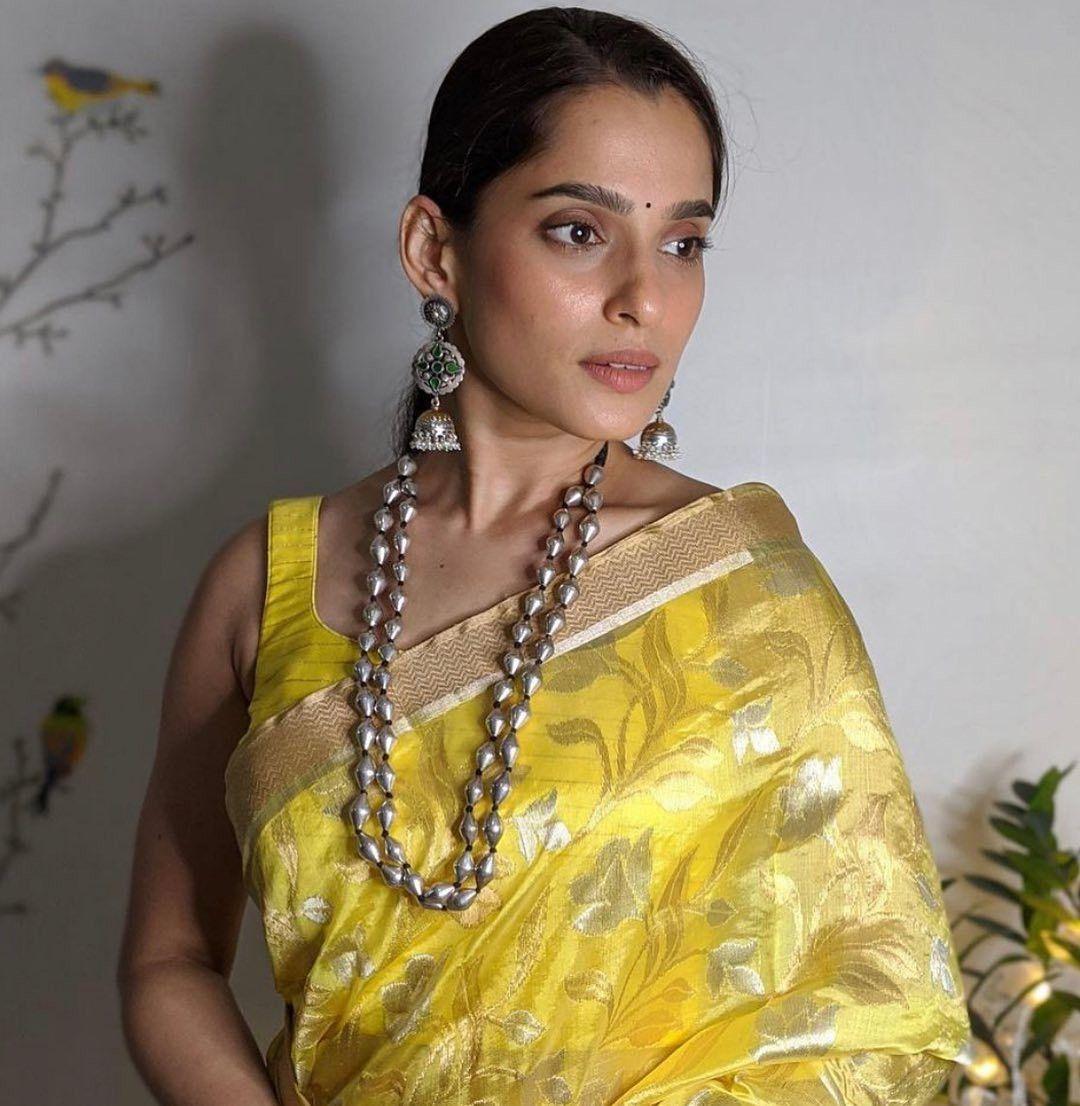 Pin by samir on Priya bapat | Fashion, Saree, Sari
