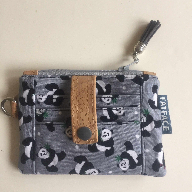 Minimalist panda id wallet makes this tiny purse easy to