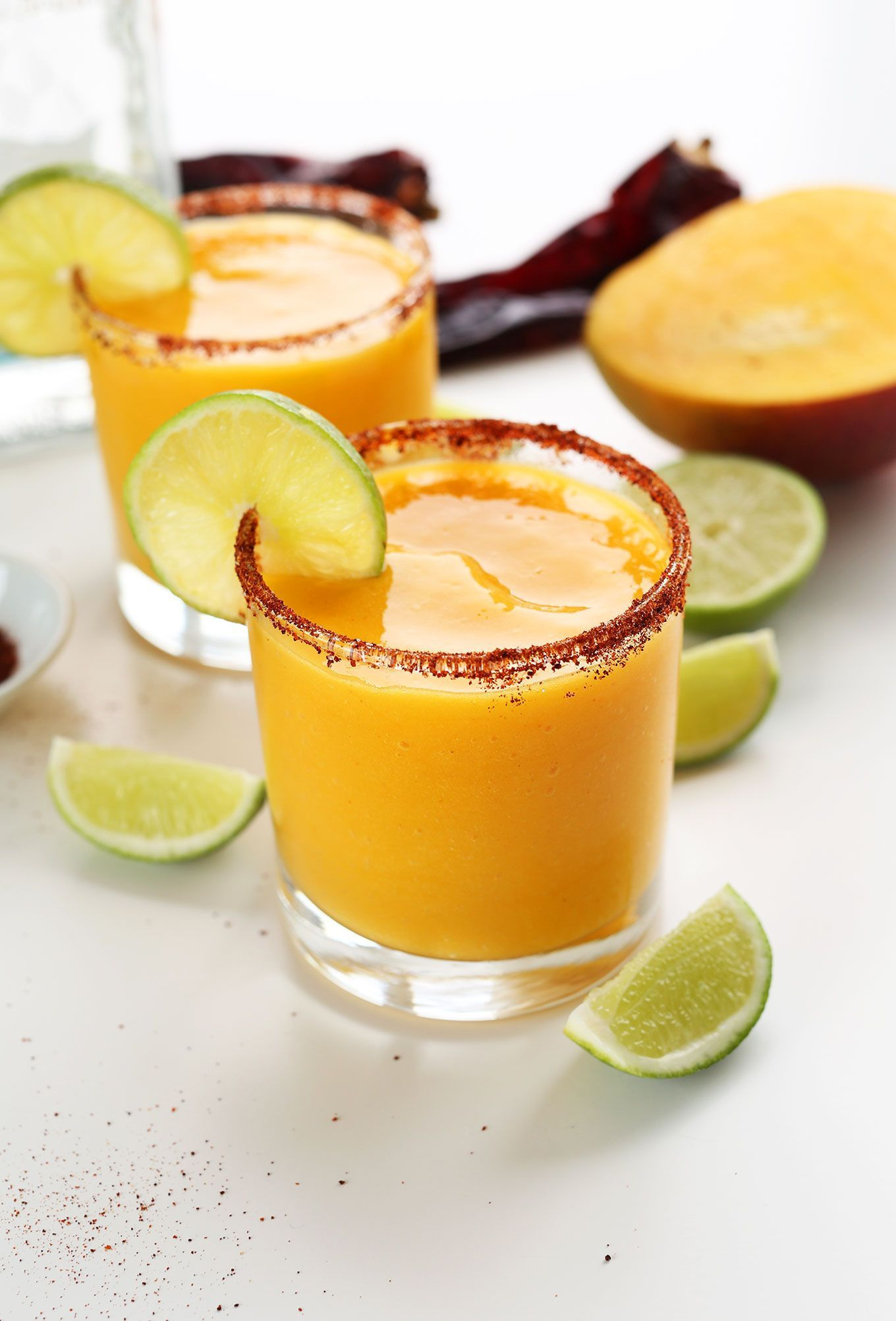 Chili Lime Mango Margaritas #limemargarita EASY Mango Chili Lime Margaritas! Perfectly tart, sweet and spicy! #vegan #limemargarita Chili Lime Mango Margaritas #limemargarita EASY Mango Chili Lime Margaritas! Perfectly tart, sweet and spicy! #vegan #limemargarita