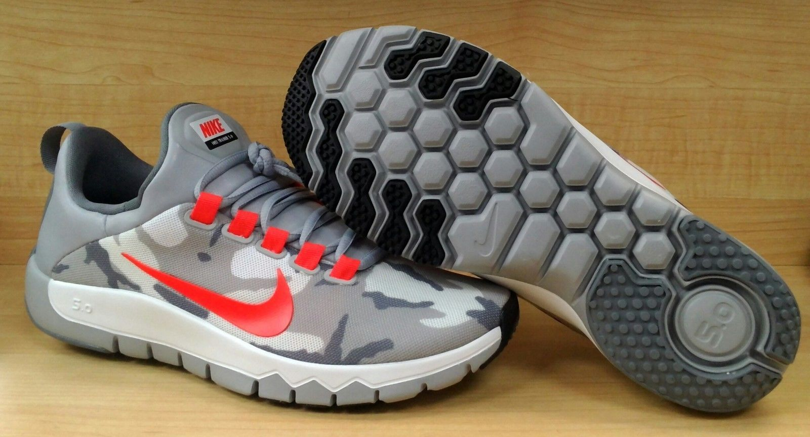 nike free trainer 5.0 men's camo pants